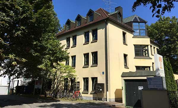 Firmensitz der RSI Immobilien GmbH beim Nymphenburger Schlosskanal