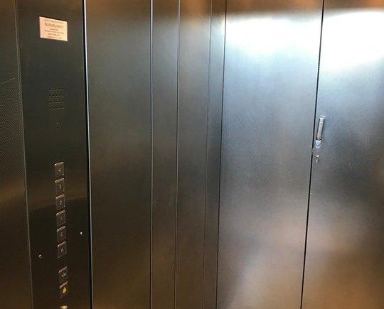 geräumiger Lift